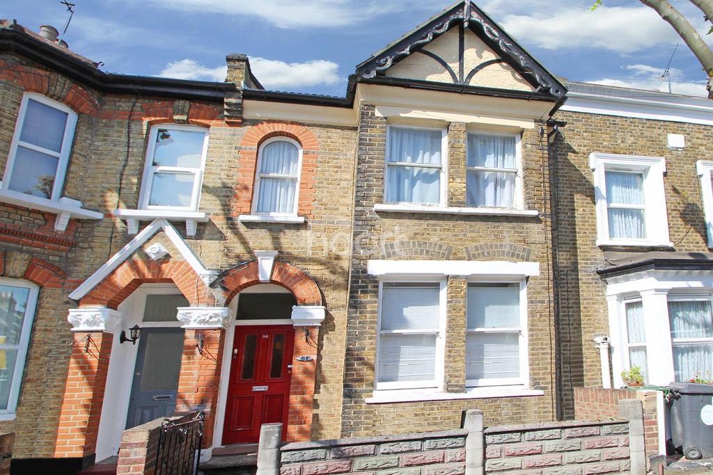2 Bedrooms Flat for sale in Malvern Road, Leytonstone