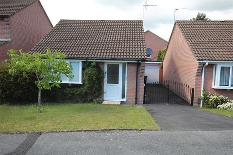 2 bedroom detached bungalow for sale - Warmwell Close, Canford Heath, POOLE, Dorset