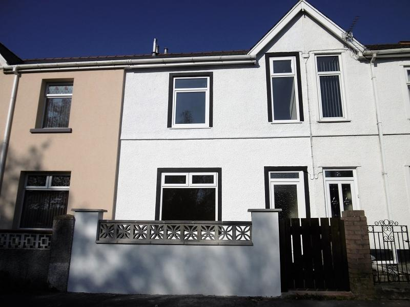 2 Bedrooms Terraced House for sale in Gibbons Villas, Ebbw Vale, Blaenau Gwent.