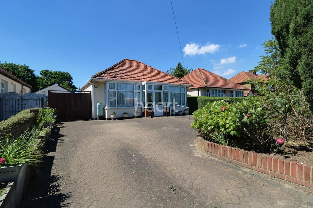 3 Bedrooms Bungalow for sale in Sevenoaks Way, Orpington