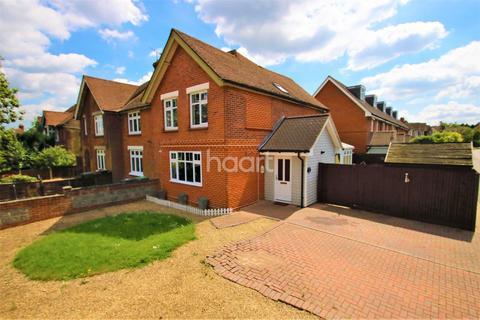 3 bedroom semi-detached house for sale - Cranborne Avenue, Maidstone, ME15