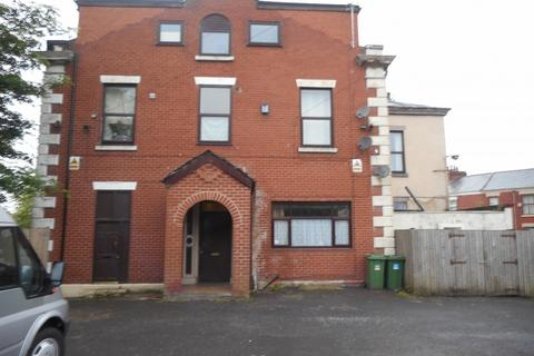 1 bedroom flat to rent - Tulketh Crescent,  Ashton on Ribble, Preston, PR2