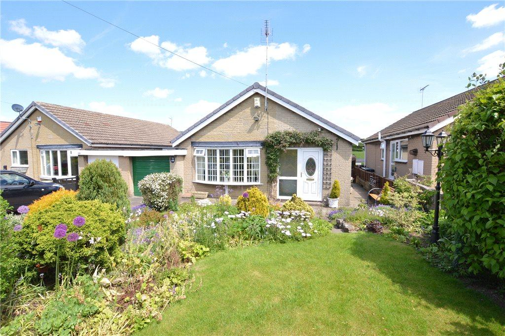 3 Bedrooms Detached Bungalow for sale in Great North Road, Micklefield, Leeds, West Yorkshire