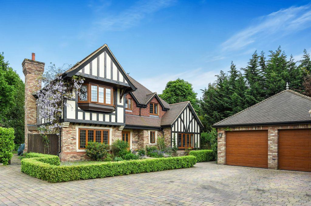 4 Bedrooms Detached House for sale in Baylis Place, Bickley, Bromley, Kent, BR1 2GB