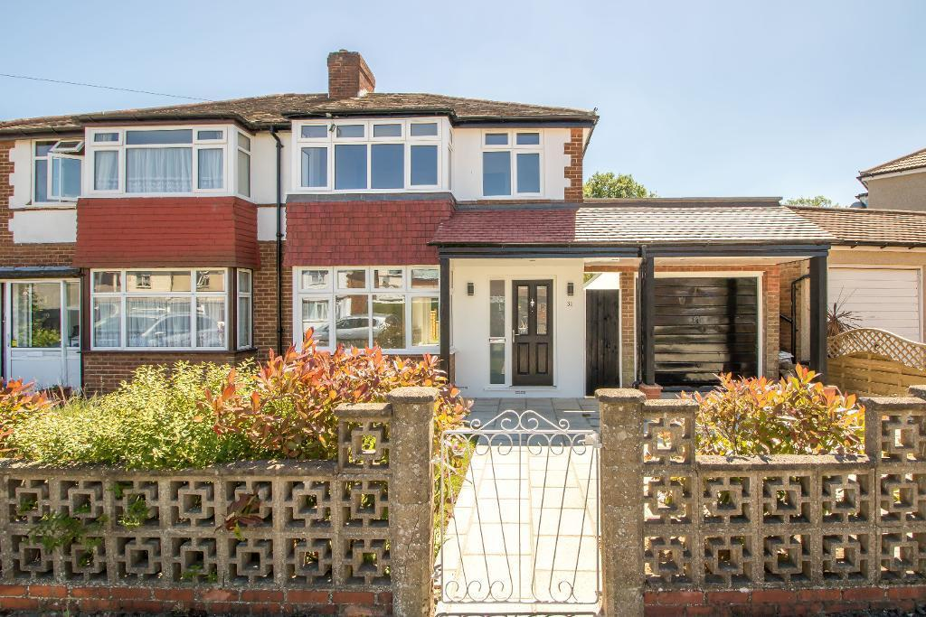 3 Bedrooms Semi Detached House for sale in Hamsey Green Gardens, Warlingham, Surrey, CR6 9RS