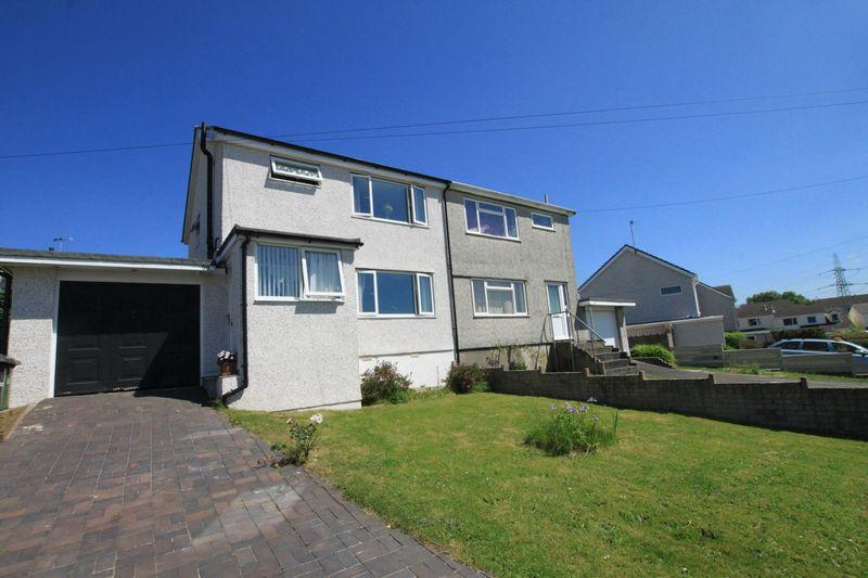 3 Bedrooms Semi Detached House for sale in Stad Ty Croes, Llanfairpwllgwyngyll