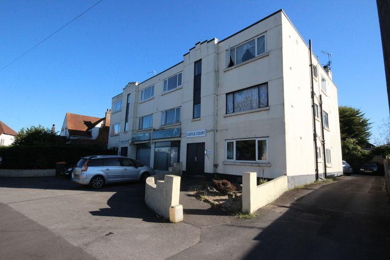 2 Bedrooms Flat for sale in 970 Castle Lane East, Iford, Bournemouth