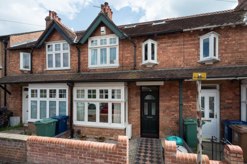 3 Bedrooms Terraced House for sale in Sunningwell Road, Oxford, Oxfordshire