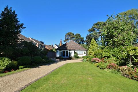 3 bedroom detached bungalow for sale - Elgin Road, Whitecliff, POOLE, Dorset