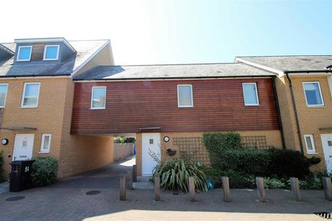 2 bedroom townhouse for sale - Saxton Close, Grays
