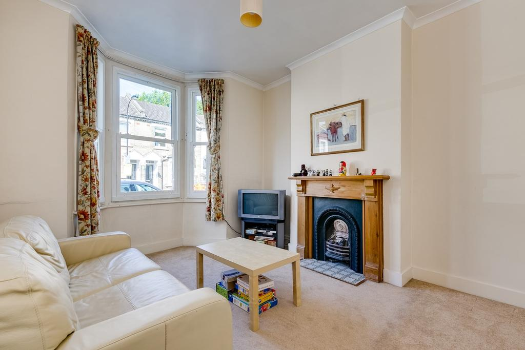 3 Bedrooms Terraced House for sale in Purcell Crescent, London, Fulham