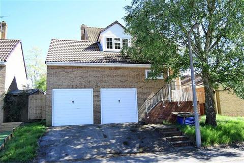4 bedroom detached house for sale - Bond Road, Rainham, Kent, ME8