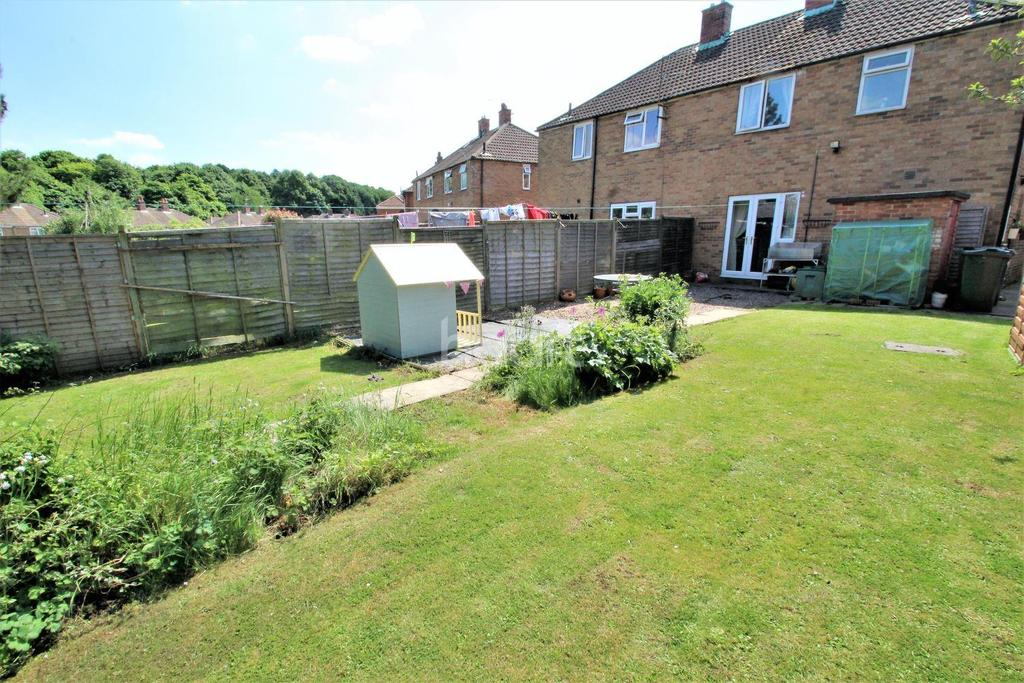 3 Bedrooms Semi Detached House for sale in Martin Wells Road, Edlington