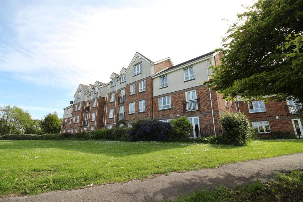 2 Bedrooms Flat for sale in Bishopbourne Court, Preston Grange