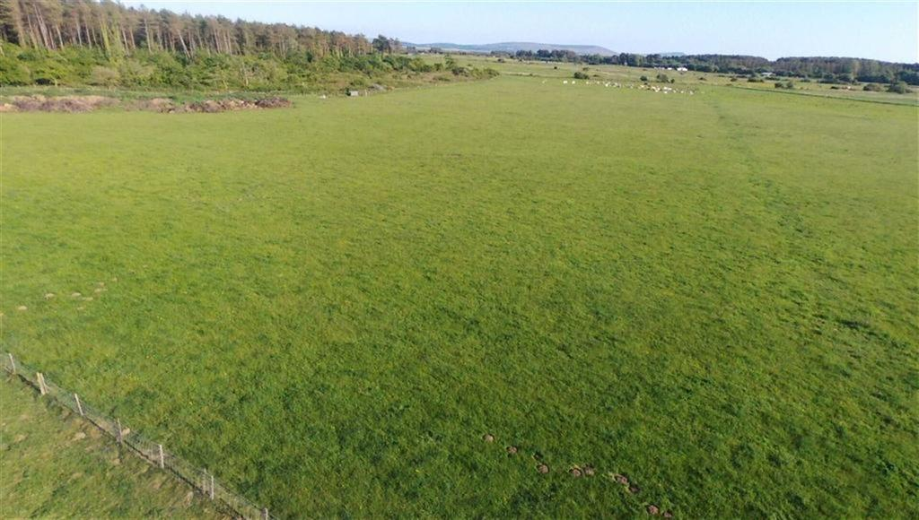 Land Commercial for sale in Pembrey