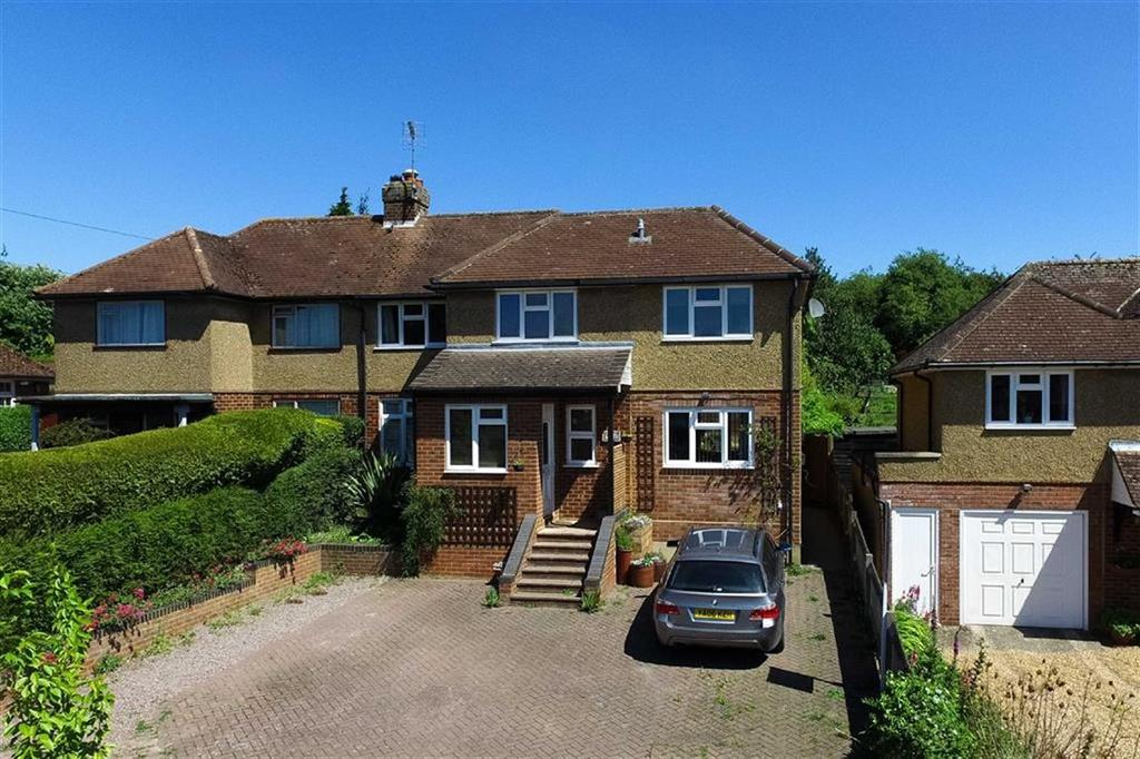 4 Bedrooms Semi Detached House for sale in Manor Road, Wheathampstead, Hertfordshire, AL4