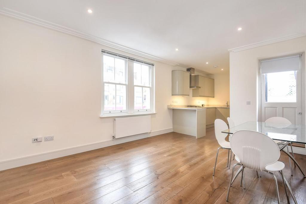 2 Bedrooms Flat for sale in Worple Road, Raynes Park, SW20