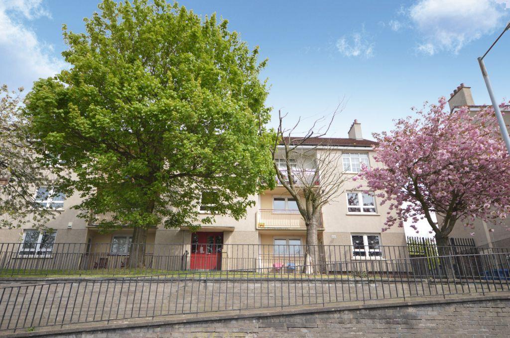 3 Bedrooms Flat for sale in 1/2, 97 Cockmuir Street, Springburn, Glasgow, G21 4XD