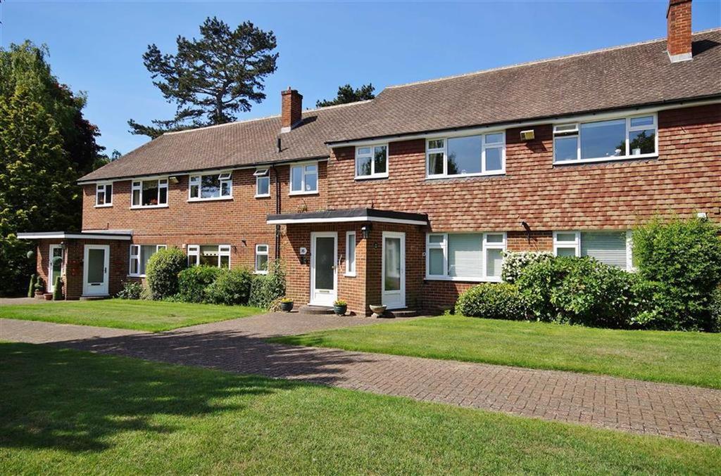 3 Bedrooms Apartment Flat for sale in Broom Hall, Oxshott, Surrey, KT22