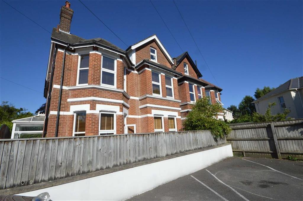 1 Bedroom Flat for sale in 2 Rushton Crescent, Bournemouth, Dorset, BH3