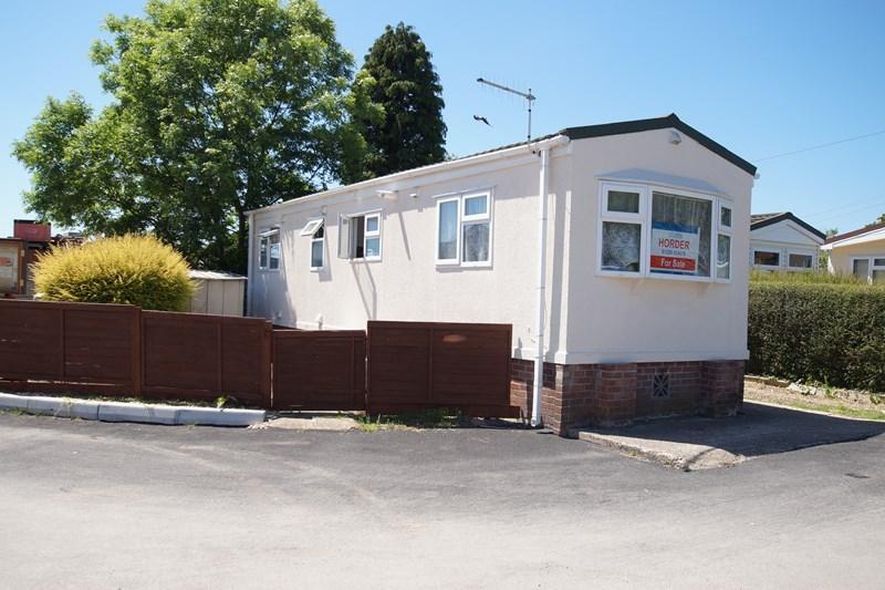 Ashley wood park tarrant keyneston blandford forum 1 bed for Homes for 75000