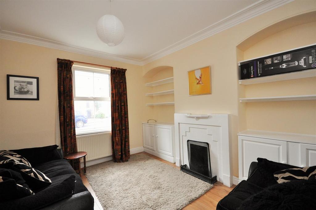 3 Bedrooms Town House for sale in Anne Street, Bishopthorpe Road, York, YO23 1JW