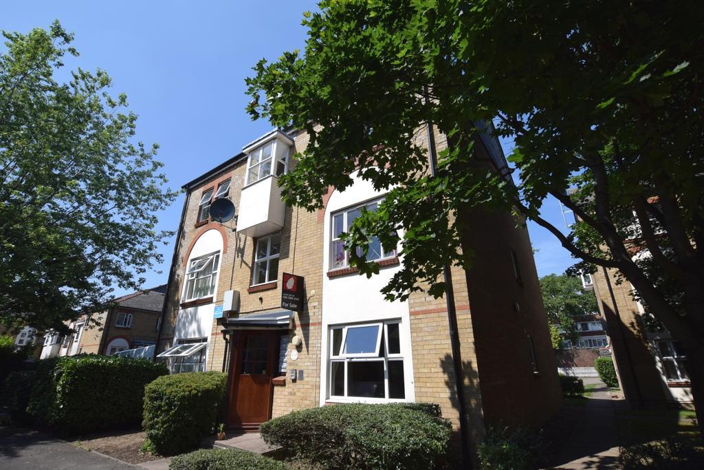 2 Bedrooms Flat for sale in Longfellow Way Southwark SE1