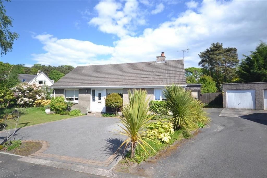 4 Bedrooms Detached Bungalow for sale in 7 Laigh Mount, Alloway, KA7 4QS