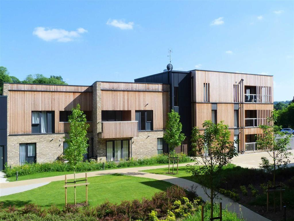 3 Bedrooms Apartment Flat for sale in Clock House Gardens, Welwyn Village