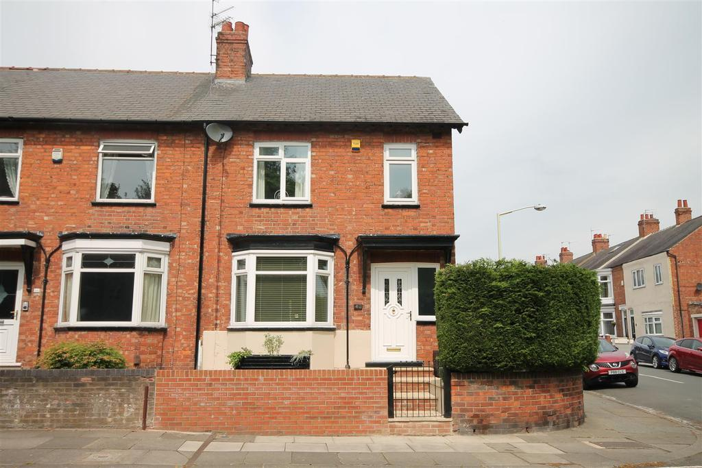 3 Bedrooms End Of Terrace House for sale in Willow Road, Darlington