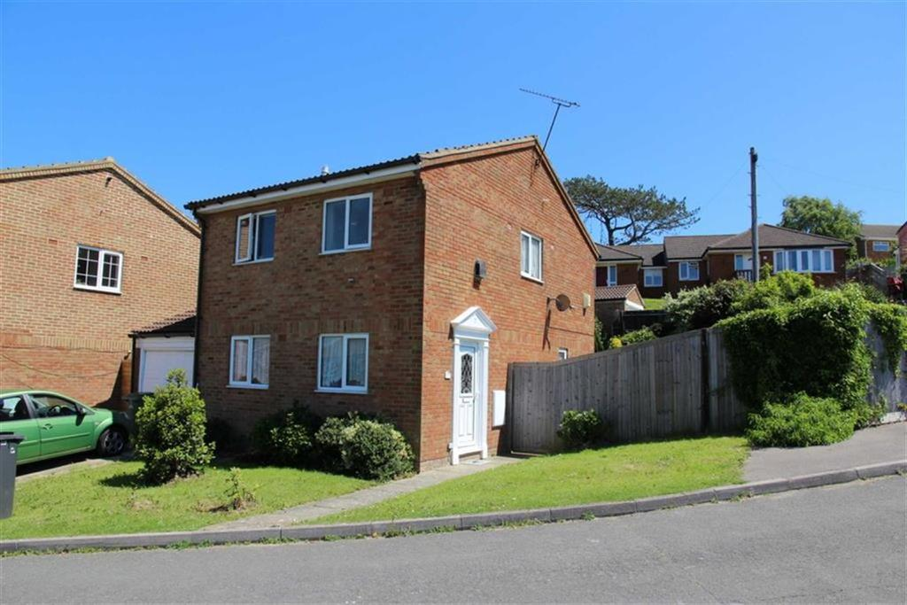 3 Bedrooms Detached House for sale in Fulford Close, St Leonards On Sea