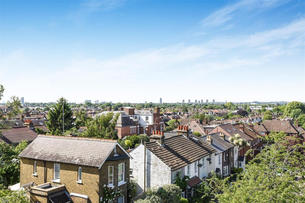 2 Bedrooms Flat for sale in Derby Road, East Sheen, London