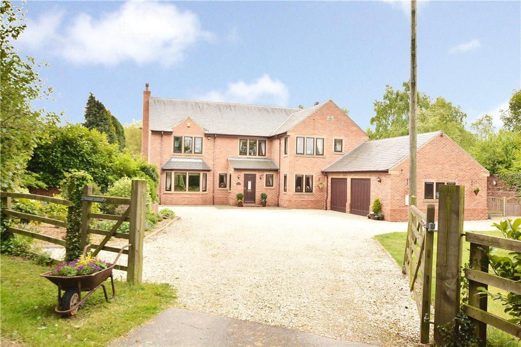 5 Bedrooms Detached House for sale in Iorama Lodge, Bretton Lane, Crigglestone, Wakefield, West Yorkshire