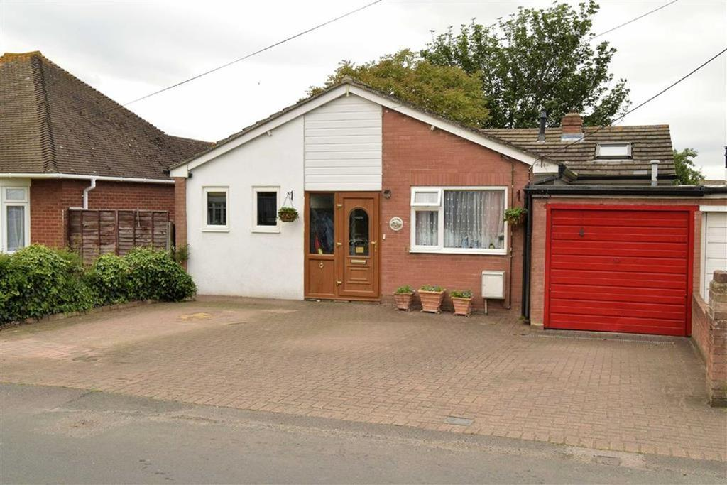 3 Bedrooms Detached Bungalow for sale in Breach Lane, Lower Halstow, Kent, ME9