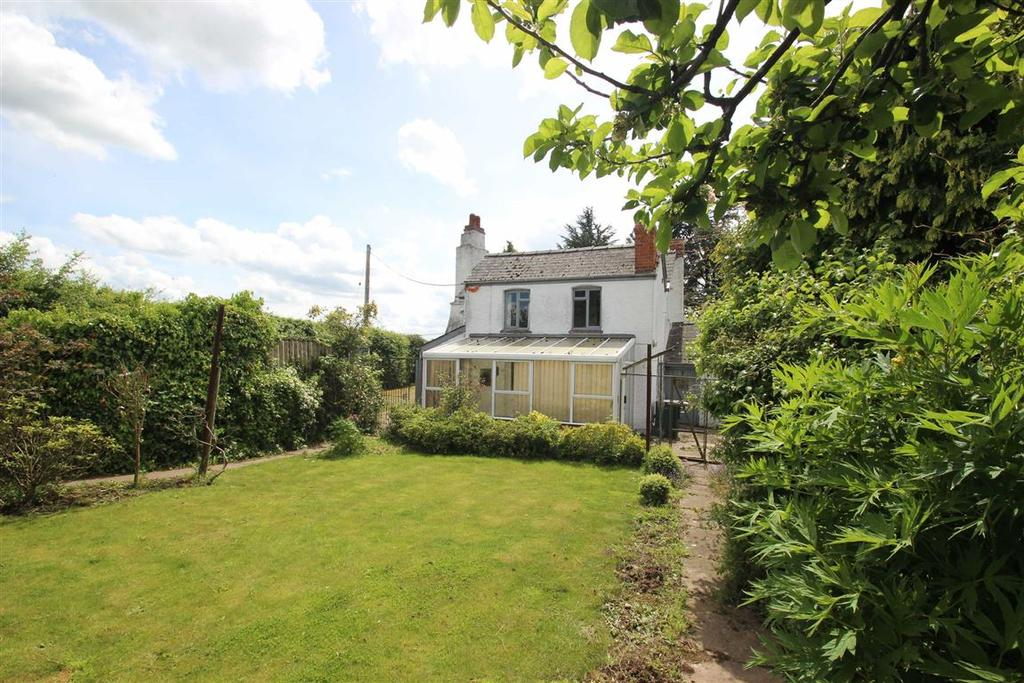 Fromes Hill Herefordshire 3 Bed Detached House For Sale 200 000