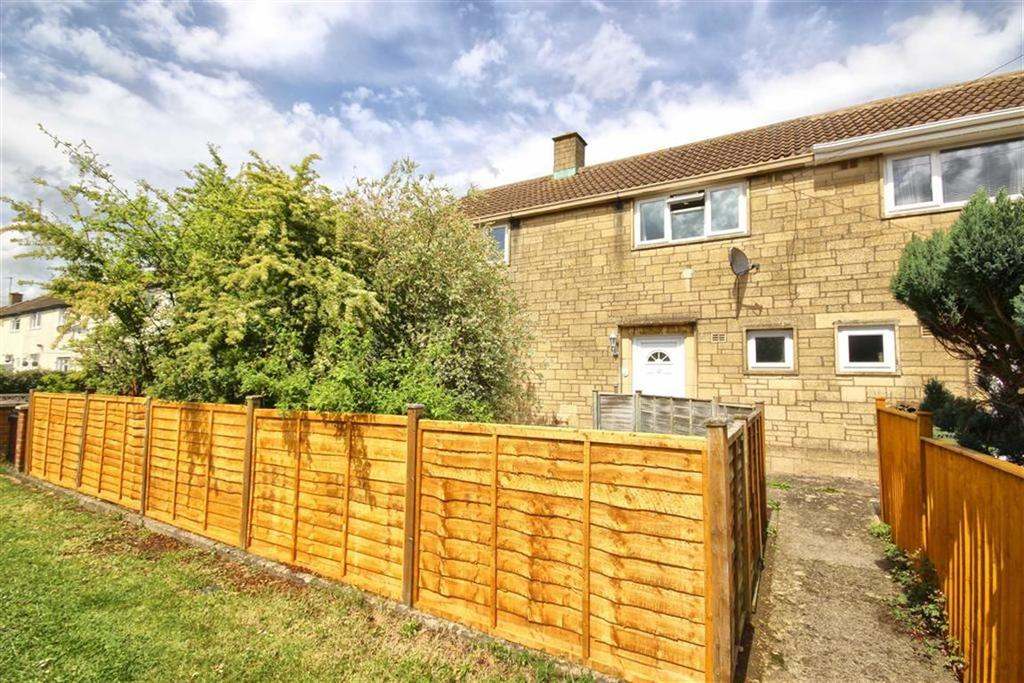 3 Bedrooms Semi Detached House for sale in Dill Avenue, Hesters Way, Cheltenham, GL51