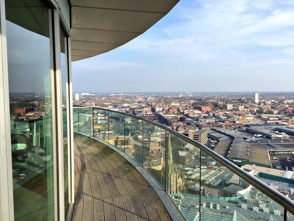 2 Bedrooms Flat for sale in Rotunda New Street, Birmingham