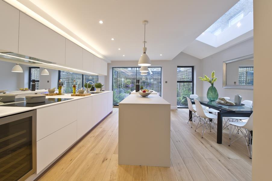 5 Bedrooms House for sale in Sirdar Road, Notting Hill W11