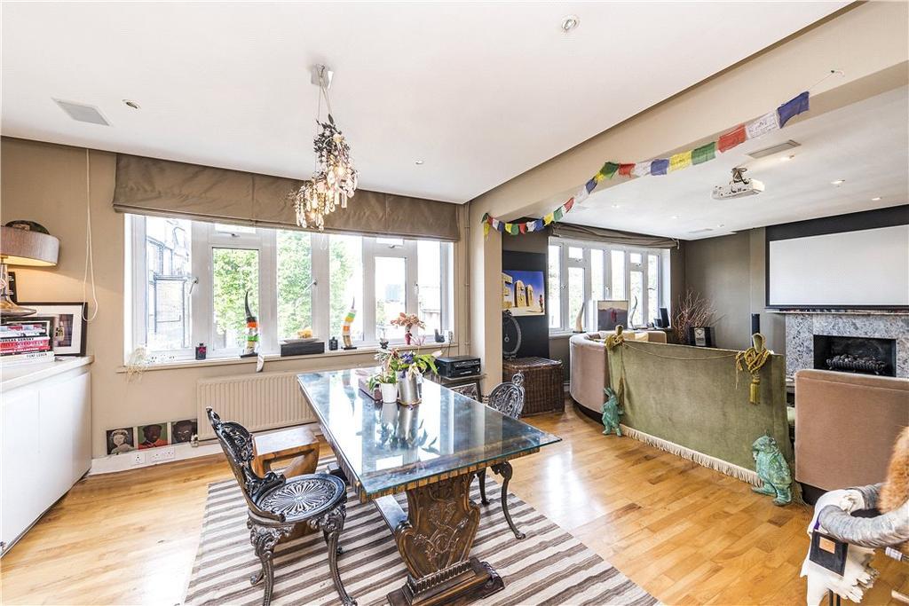 2 Bedrooms Flat for sale in Gloucester Road, South Kensington, London, SW7