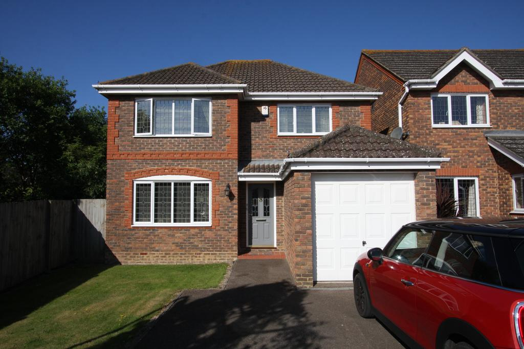 4 Bedrooms Detached House for sale in Wellsbourne Road, Stone Cross BN24