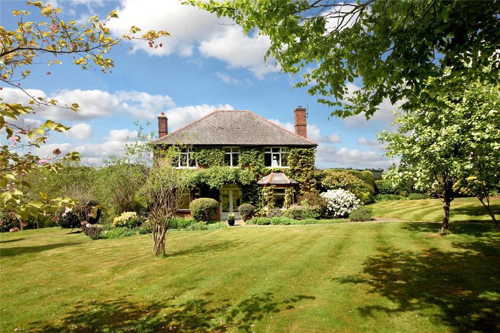 5 Bedrooms Detached House for sale in Grubbins Lane, Speen, Princes Risborough, Buckinghamshire, HP27