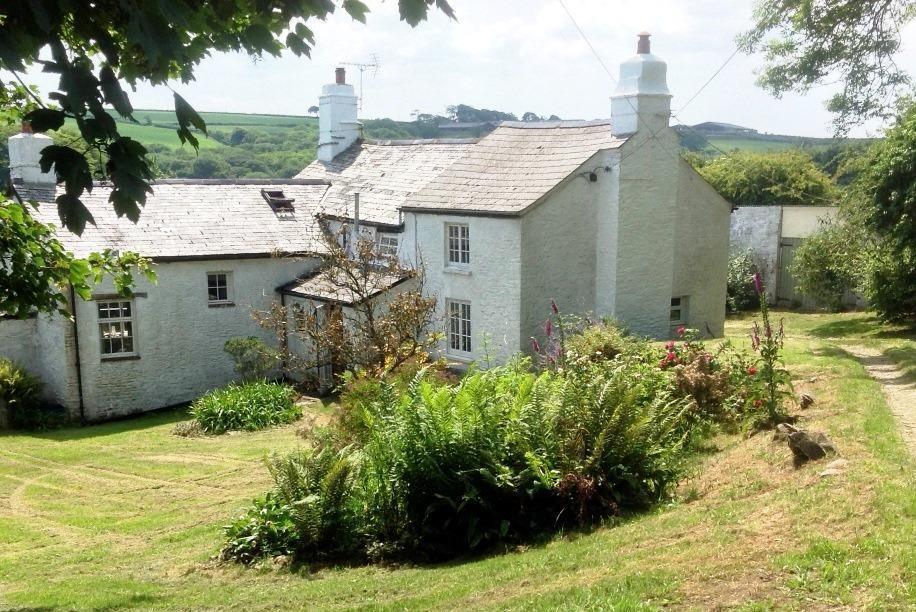 3 Bedrooms Detached House for sale in Broad Parkham, Bideford