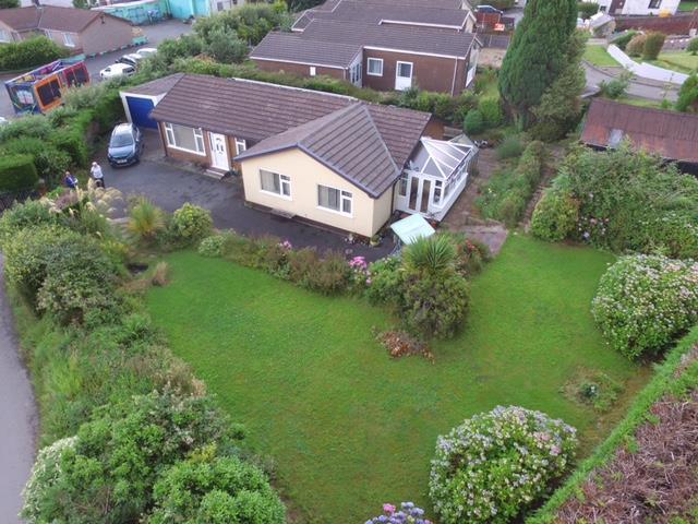 3 Bedrooms Bungalow for sale in Llanarth