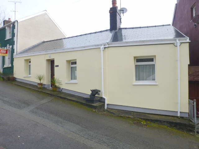 2 Bedrooms Cottage House for sale in Beechwood Lane, Llanarth