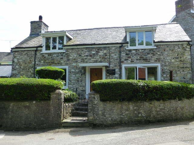 3 Bedrooms Cottage House for sale in Gilfachreda, New Quay