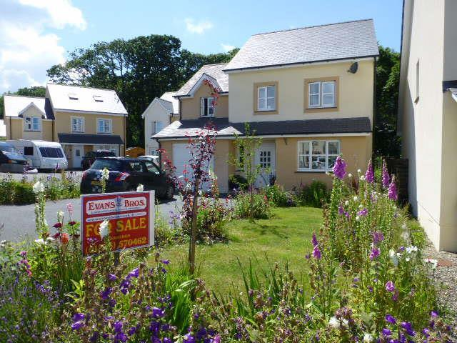 4 Bedrooms House for sale in Llysderwen, Cnwc Y Lili, New Quay