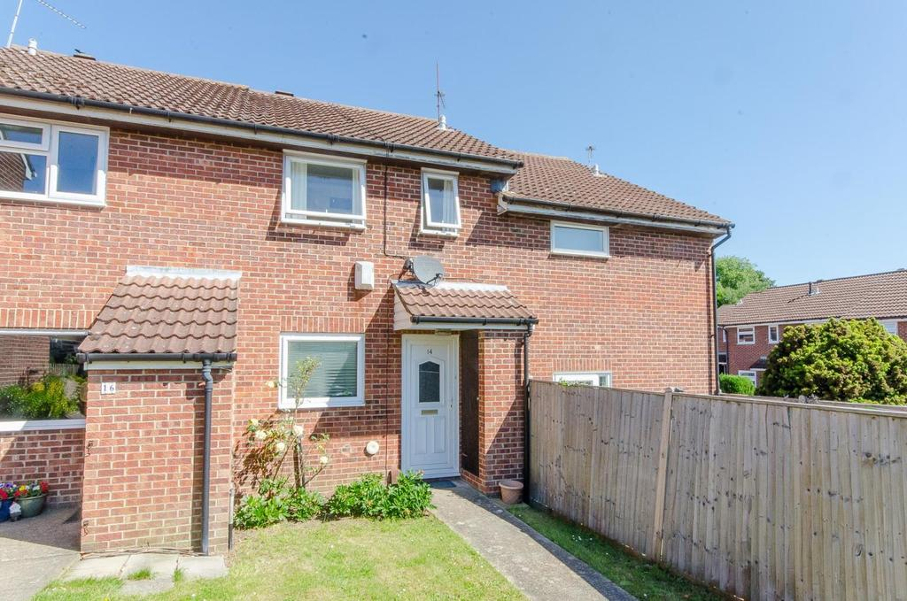 2 Bedrooms Terraced House for sale in Gatland Lane, Maidstone, Kent
