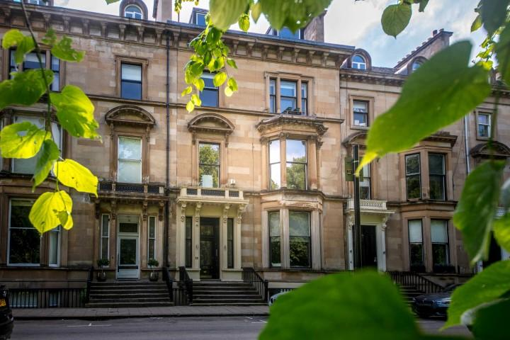 2 Bedrooms Apartment Flat for sale in 9 Belhaven Terrace, Dowanhill, G12 0TG