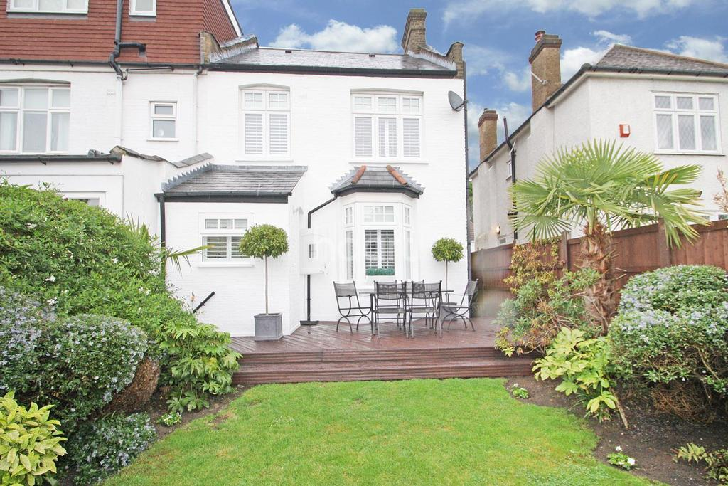 4 Bedrooms End Of Terrace House for sale in Templeton Avenue, Chingford, E4