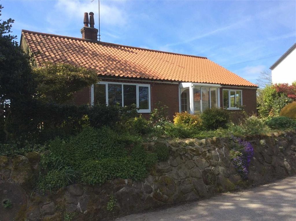 2 Bedrooms Detached Bungalow for sale in Main Street, Speeton